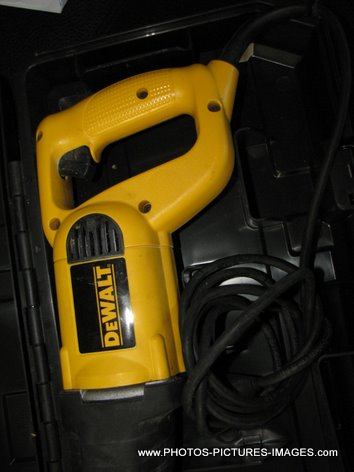 DEWALT DW303 Heavy-Duty Reciprocating Saw