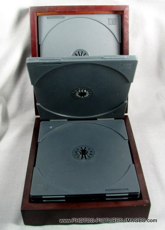 MTV CD and DVD Holder - Hard Wood Grain Finish